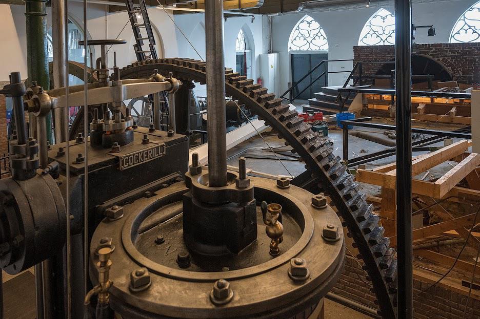 Blik op Ketelhuis vanachter de Arkelse dam - foto Kees van der Veer